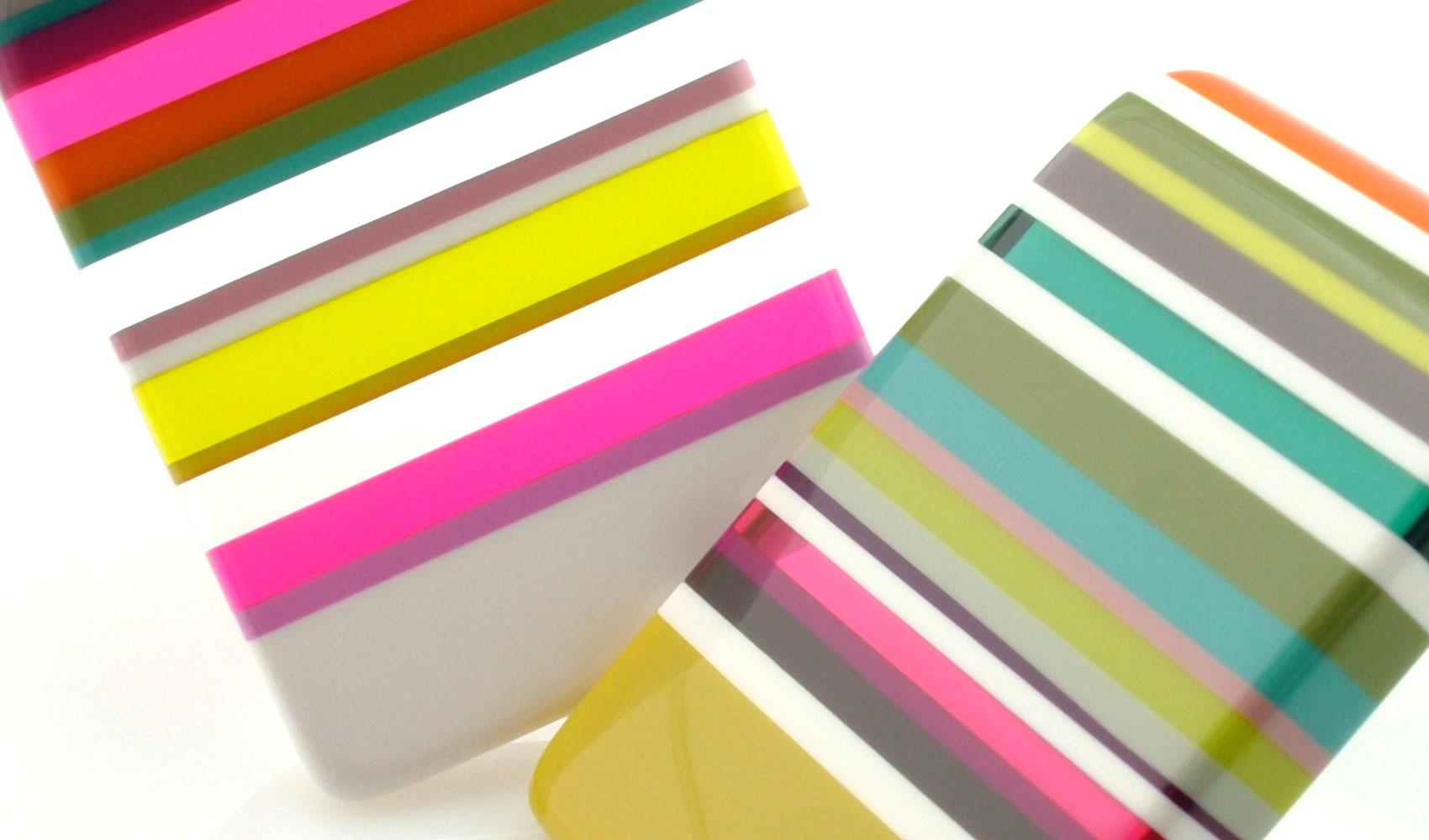 pendentif résine colorée